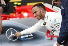 Lewis Hamilton - podpisanie kontraktu