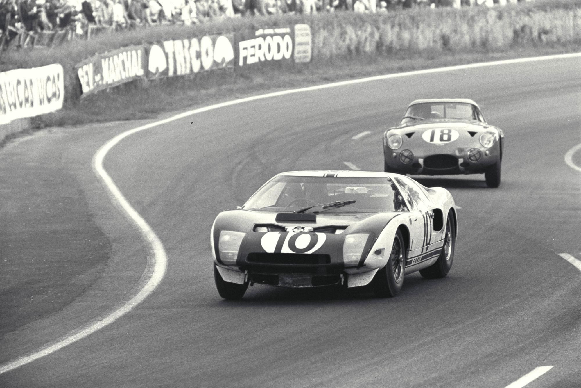 Ferrari vs Ford - Le Mans